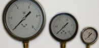 Industrial pressure gauges (stainless steel casing)